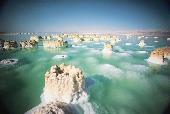 A holt-tengeri só jótékony hatásai