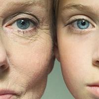 A napfény öregíti a bőrt, de mi fiatalítja?