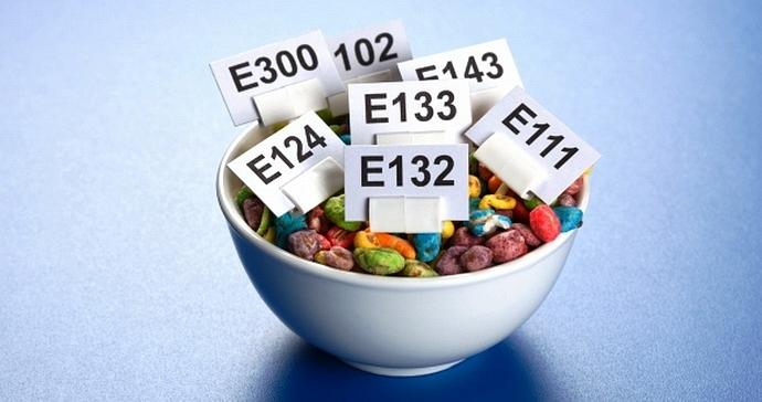 Betegséget okoznak az élelmiszeradalékok?